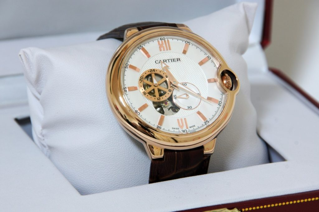 Montre Cartier de luxe